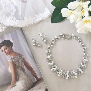 Statement stunning bib necklace set