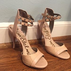 Sam Edelman Shoes - Sam Edelman nude/snakeskin heels with studs
