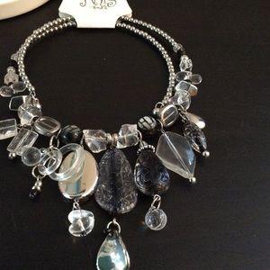 ARIS Jewelry - 2 PIECE JEWELRY SET..NWT