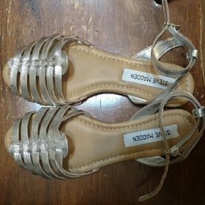 Steve Madden Shoes - Steve Madden Silver Sandals