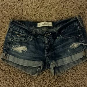 Hollister  Pants - Hollister destroyed jean shorts