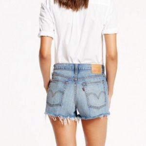 levi 39 s shorts levis wedgie fit in buena vista poshmark. Black Bedroom Furniture Sets. Home Design Ideas