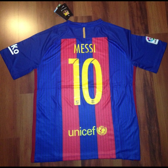 best service 4dc54 94421 16/17 Barcelona Messi home jersey NWT NWT