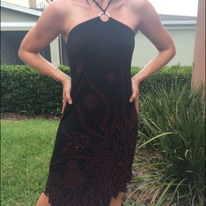 Lipstick Boutique Dresses & Skirts - Sexy black with burgundy sequin and beaded front.