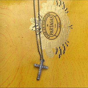 Jewelry - Stainless steel cross necklace.