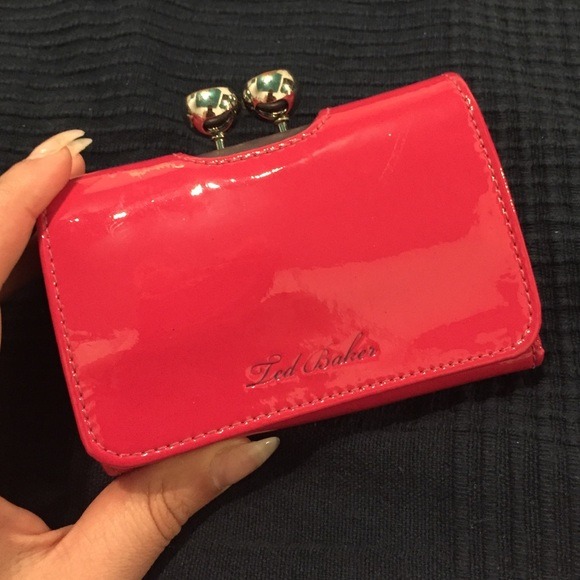 69337ed9f Red Ted Baker Small Trifold Bobble Wallet. M 577f4ae5f0928271a5013e28