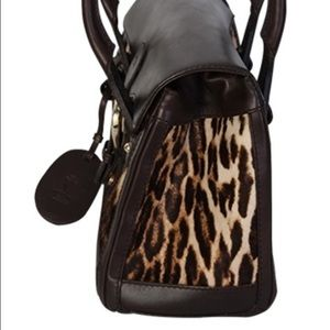 a54546d7eee Gucci Bags - Gucci Leopard Print Pony Hair Heritage Boston Bag