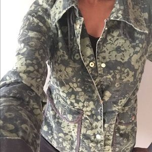 NEW with tags! Gap floral camouflage jacket