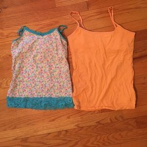 Tops - Set of two tanks for girls