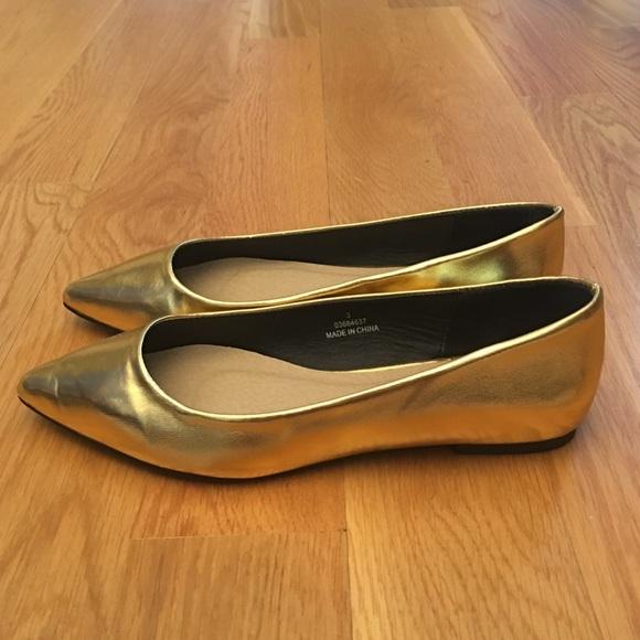 ASOS Shoes - Size 5/UK 3 ASOS Gold Flats