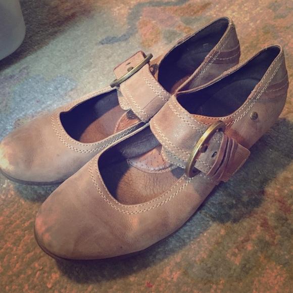 how to buy comfortable heels