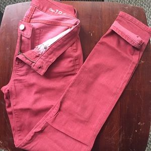 Gap legging Jean, size 24, color is a light red