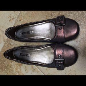 Ecco Shoes - Ecco comfortable metallic flats!
