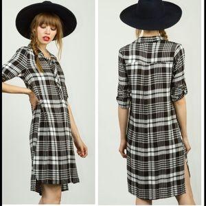 •black and white plaid shirt dress•