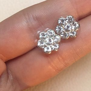 Carolee Jewelry - ❤️SALE Signed Brilliant CZ Stud Earrings LIKE NEW