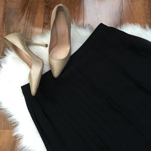 Halogen Dresses & Skirts - Halogen Black Pleated Midi Skirt