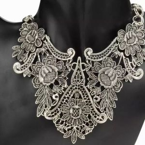 Jewelry - Statement Choker Necklace in Vintage Silver