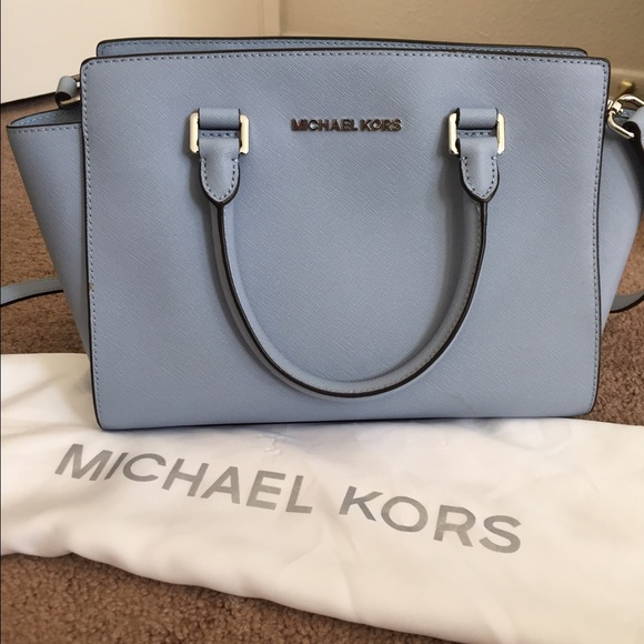 michael kors handbags michael kors medium saffiano selma light blue. Black Bedroom Furniture Sets. Home Design Ideas