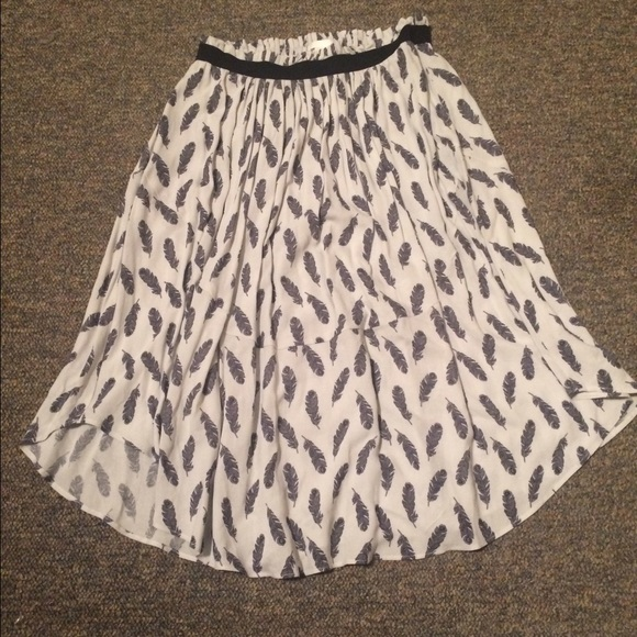 3f0faa83958 Feather Print Skirt