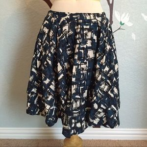 Anthropologie Lil Skirt. Abstract real/cream/black