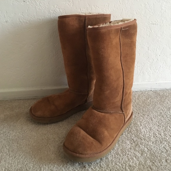 56 ugg shoes classic uggs size 9 s from