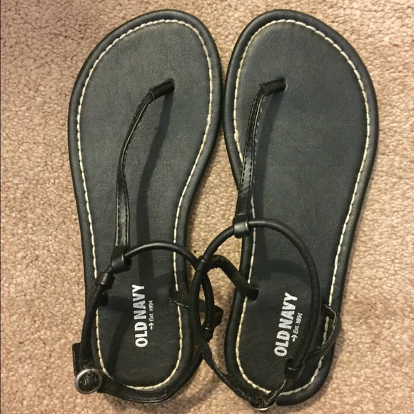 46803a93093 Old Navy Shoes - Old navy Thong sandals black - 6