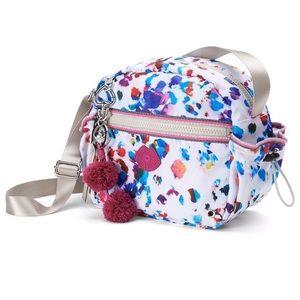 Juicy Couture Handbags - LAST‼️ JUICY COUTURE LEOPARD CROSSBODY BAG