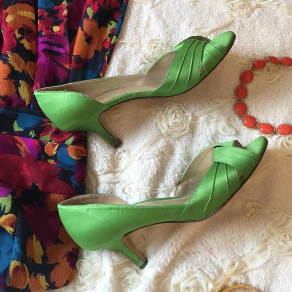 Lime Green Kitten Heels 8 Open Toe Knot
