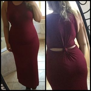 Dresses & Skirts - Maroon Maxi