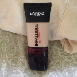 Loreal Other - Loreal Infallible Pro-Matte foundation
