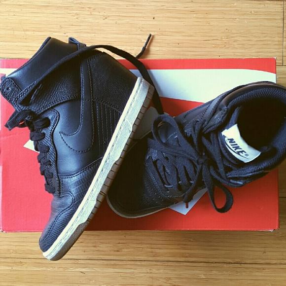 Zapatos Nike * Builtin Wedge Zapatillas Negro Dunk Poshmark Sky Hi 5 Poshmark Dunk 0958b6