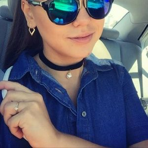 Velvet pearl high neck choker necklace