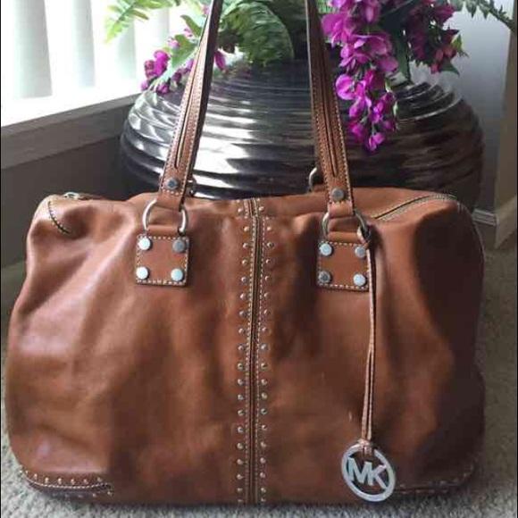72bc8c4eb Michael Kors studded Astor tote shoulder bag. M_5781862841b4e091c300f4d3