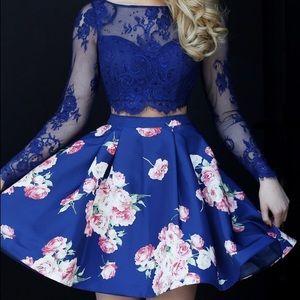 Sherri Hill Dresses - IN SEARCH OF SHERRI HILL DRESS 32323. Size 2.🙏