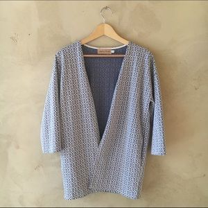 Kimono style blue and white jacket