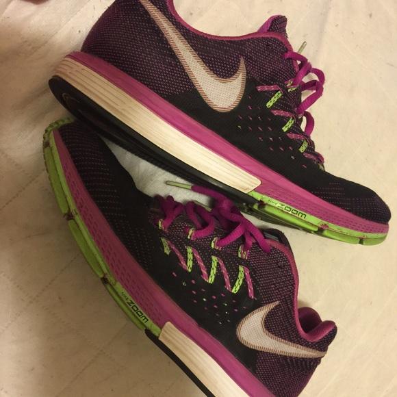 72% De Zoom Descuento En Zapatos Nike Zoom De Vomero 85 Poshmark 10 2015 9ff077