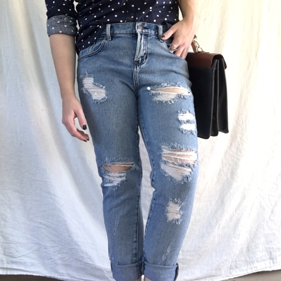 b5116a036fe Brandy Melville Denim - Brandy Melville Destroyed Boyfriend Jeans