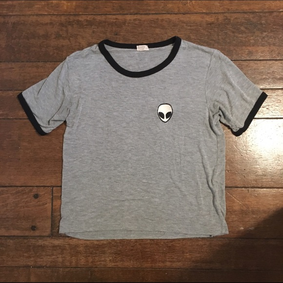 Bien connu 44% off Brandy Melville Tops - Brandy Melville Alien Patch T-shirt  PL87
