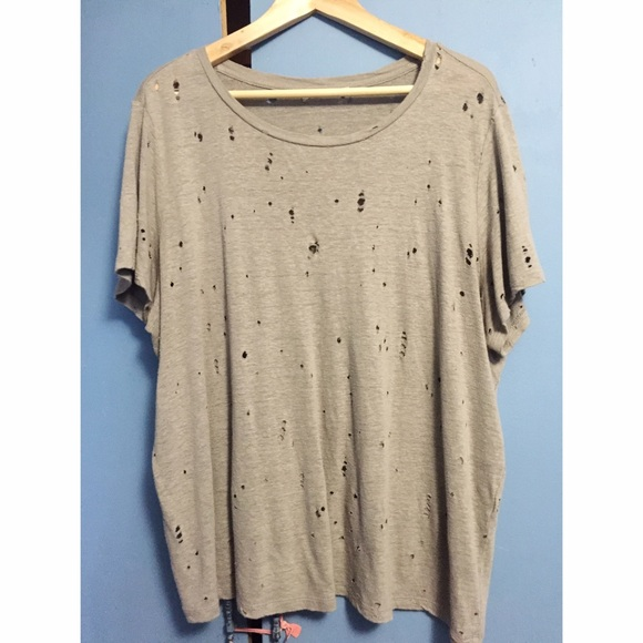 8b6530e808708 Forever 21 Tops - Plus Size Forever 21 distressed tee