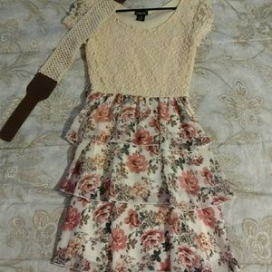 Rue 21 dress with belt