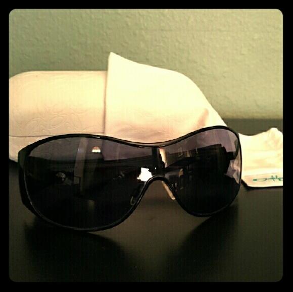 1c87dd2c144 Oakley Breathless Sunglasses