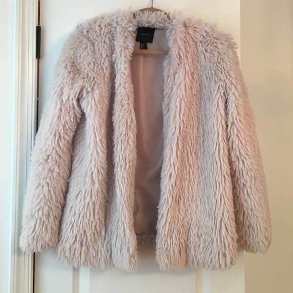 82% off Forever 21 Jackets & Blazers - Fun fuzzy pink jacket from ...