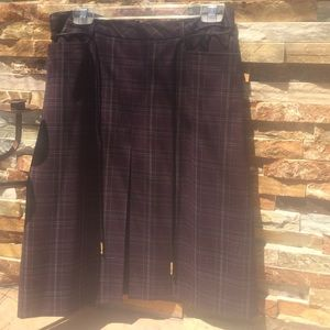 Dresses & Skirts - Classic plaid career skirt in awesome plum color