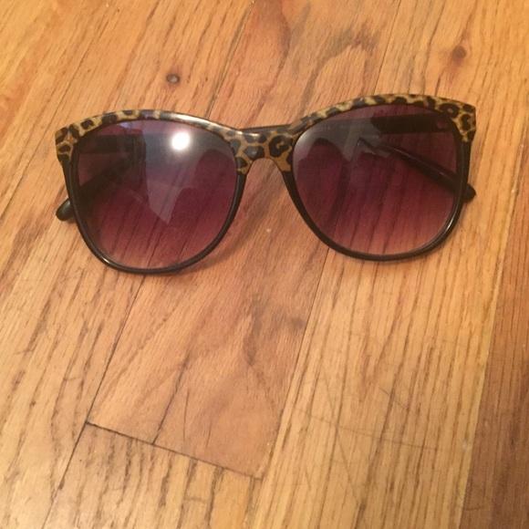 c11127e98a Foster Grant Accessories - Foster Grant Leopard Print Sunglasses