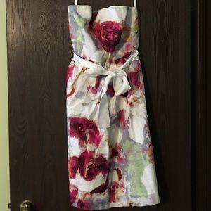 EUC gorgeous BR strapless dress