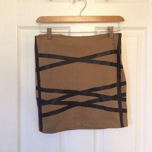 Tan black-stripped pencil skirt