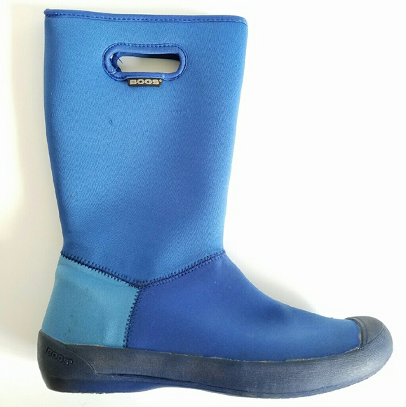 76 off bogs shoes bogs waterproof insulated from n2 39 s for Bogs classic mid le jardin