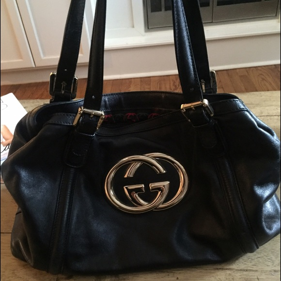 13113f653894 Gucci Bags | Classic Black Leather Bag With Gold Emblem | Poshmark