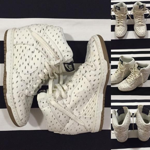 Zapatos Mujeres Nike Dunk Sky Hi Mujeres Zapatos Zapatillas Con Cuña Sz75 Poshmark cec127