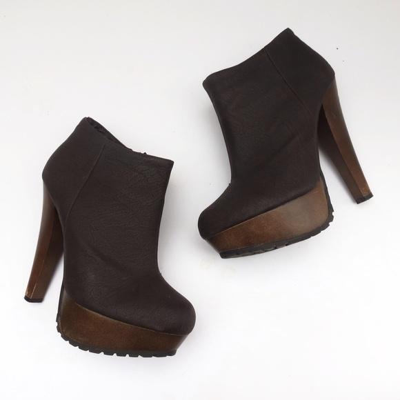 J Shoes Sarah Boot